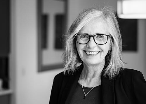 Photo of Sharon Thesen.